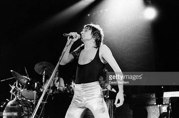 CINEMA Photo of FACES and Rod STEWART Rod Stewart performing live onstage