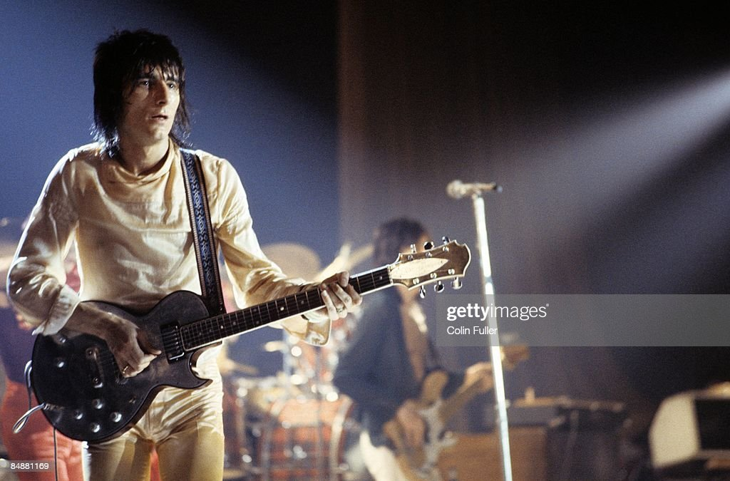 CINEMA Photo of FACES and Ron WOOD and Ronnie WOOD, Ron Wood (Ronnie Wood) performing live onstage, playing Zemaitis guitar