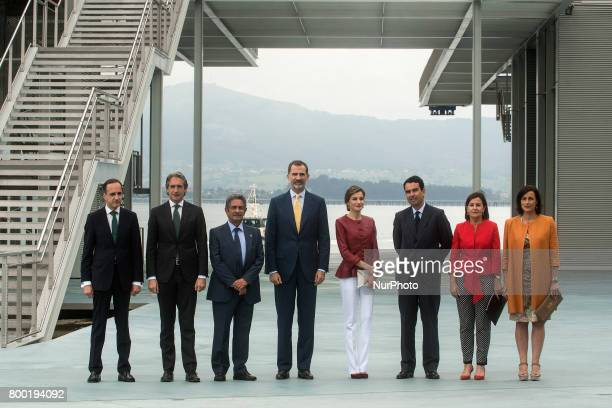 Photo of family of the local authorities with the kings of Spain Felipe VI and Dona Letizia before their visit to the new Botin Center of the arts...