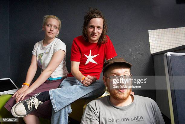 Photo of FORWARD RUSSIA and iFORWARD RUSSIA and Katie NICHOLLS and WHISKAS LR Katie Nicholls Tom Woodhead Whiskas in their dresssing room at The Plug...