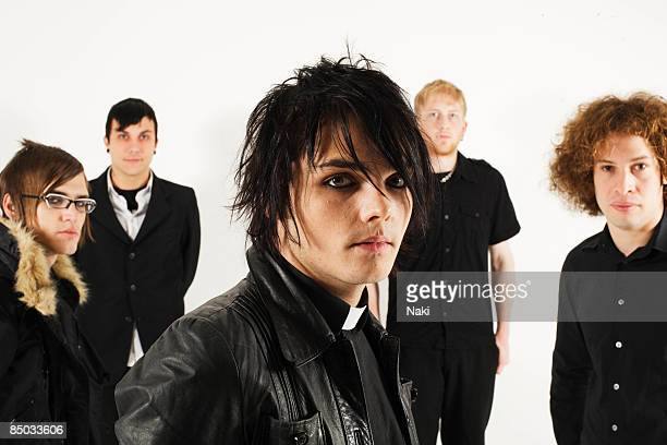STUDIO Photo of Frank IERO and Gerard WAY and Ray TORO and MY CHEMICAL ROMANCE LR Mikey Way Frank Iero Gerard Way Bob Bryar Ray Toro photographed at...