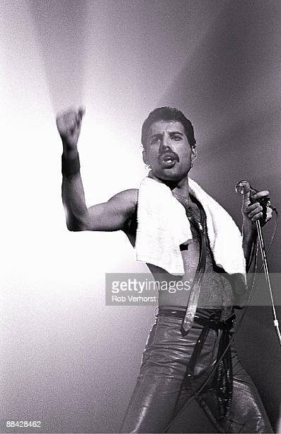 Photo of Freddie MERCURY and QUEEN Freddie Mercury performing live on stage at Groenoordhallen Lieden