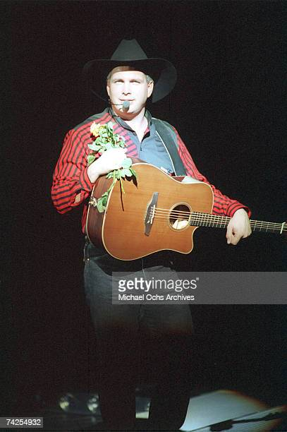 Photo of Garth Brooks Photo by Michael Ochs Archives/Getty Images