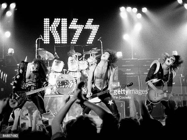 THEATER Photo of Gene SIMMONS and KISS and Peter CRISS and Paul STANLEY and Ace FREHLEY LR Gene Simmons Peter Criss Paul Stanley Ace Frehley...