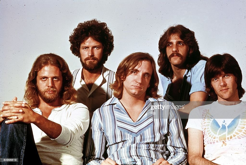 Photo of Glenn FREY and Joe WALSH and Don HENLEY and Don FELDER and EAGLES and Randy MEISNER; L-R: Don Felder, Don Henley, Joe Walsh, Glenn Frey, <a gi-track='captionPersonalityLinkClicked' href=/galleries/search?phrase=Randy+Meisner&family=editorial&specificpeople=640662 ng-click='$event.stopPropagation()'>Randy Meisner</a> - posed, studio, group shot - Hotel California era