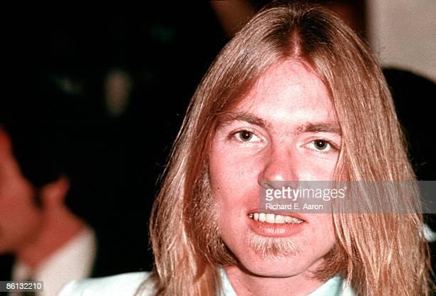 Photo of Gregg Allman posed in 1977
