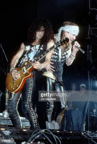 Photo of Guns n Roses Photo by Jim Steinfeldt/Michael Ochs Archives/Getty Images