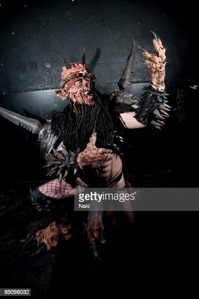 FIDDLER Photo of GWAR Oderus Urungus real name Dave Brockie in costume