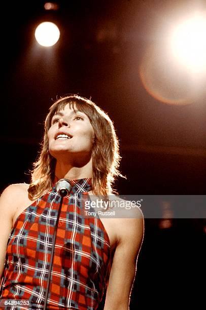Photo of Helen REDDY