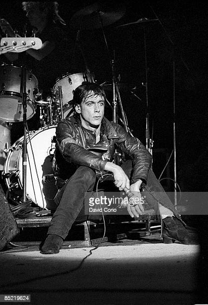 THEATRE Photo of Iggy POP Iggy Pop performing at The Rainbow London 11 July 1981