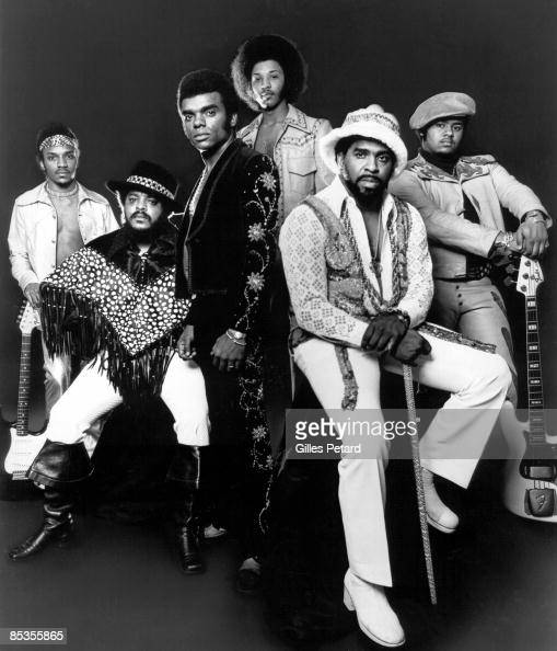 Photo of ISLEY BROTHERS Ernie Kelly Ronald Chris Jasper Rudolph and Marvin