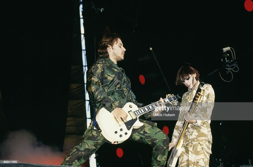 FESTIVAL Photo of James Dean BRADFIELD and MANIC STREET PREACHERS and Nicky WIRE, James Dean Bradfield and Nicky Wire performing on stage