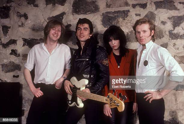 HAVEN Photo of James HONEYMAN SCOTT and PRETENDERS and Chrissie HYNDE and Pete FARNDON LR James Honeyman Scott Pete Farndon Chrissie Hynde Martin...