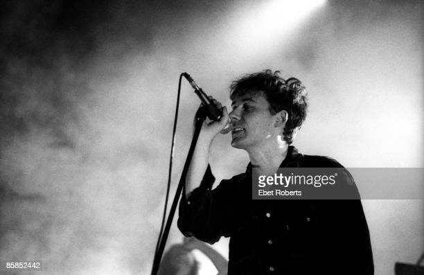 ACADEMY Photo of JESUS MARY CHAIN and Jim REID Jim Reid performing on stage