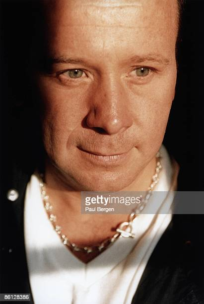 Photo of Jim KERR and SIMPLE MINDS Jim Kerr