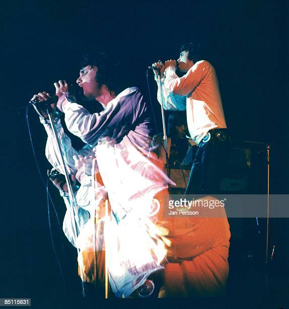 Photo of Jim MORRISON and DOORS Jim Morrison performing live onstage