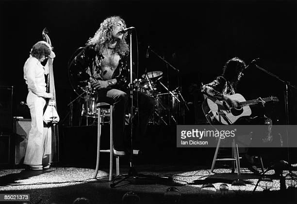 COURT Photo of John Paul JONES and Robert PLANT and Jimmy PAGE and LED ZEPPELIN LR John Paul Jones Robert Plant Jimmy Page performing live onstage