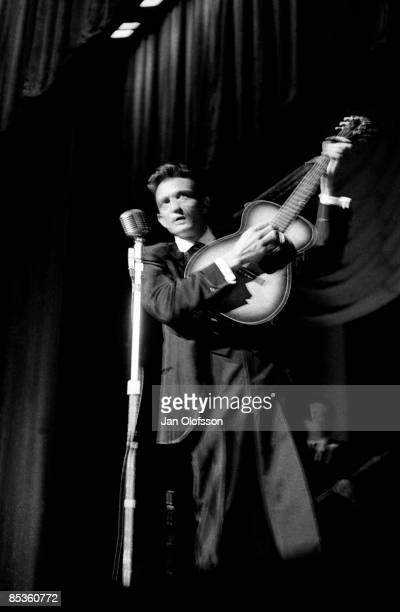 ODEON Photo of Johnny CASH Johnny Cash performing on stage