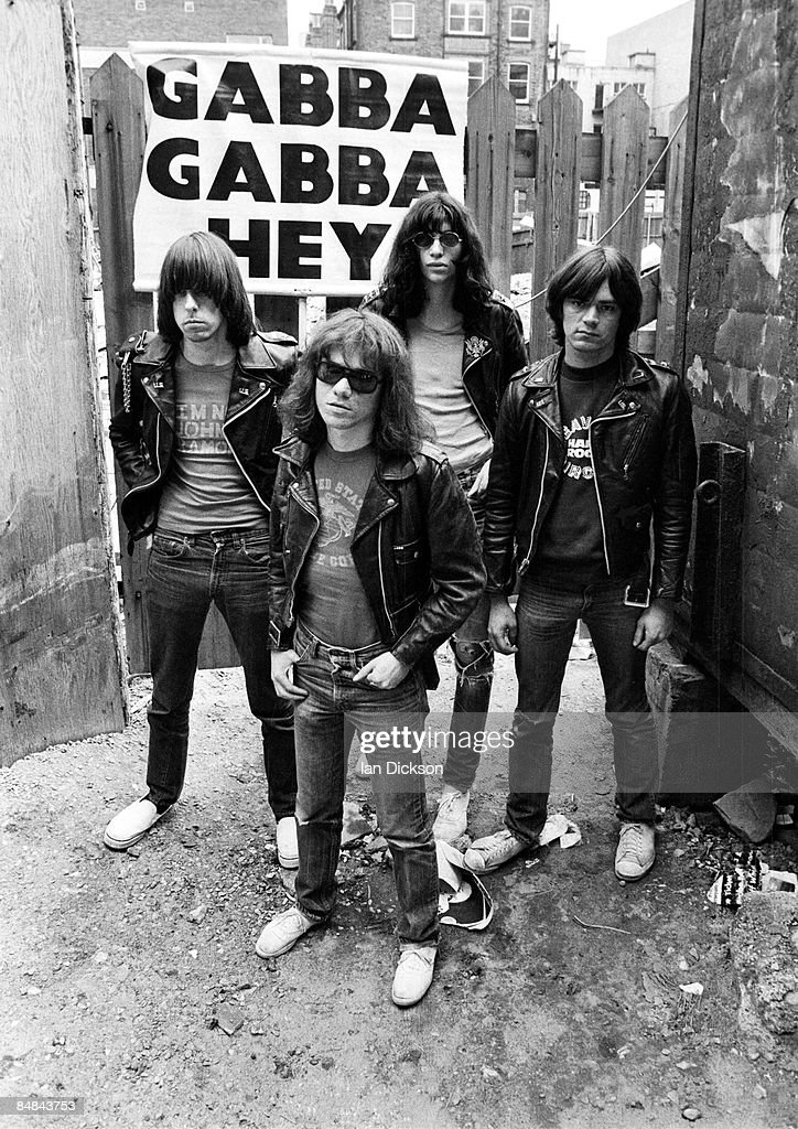 Photo of Johnny RAMONE and Dee Dee RAMONE and Tommy RAMONE and RAMONES; L-R. Johnny Ramone, Tommy Ramone (front), Joey Ramone (back), Dee Dee Ramone