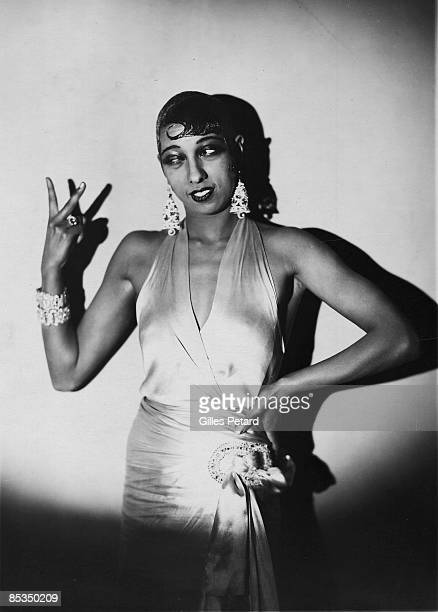 Photo of Josephine BAKER Posed studio portrait of Josephine Baker