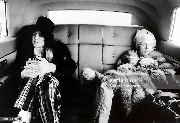Photo of June CHILD and Marc BOLAN and T REX with his wife June in a car in Detroit