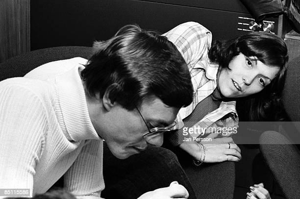Photo of Karen CARPENTER and CARPENTERS and Richard CARPENTER Richard Carpenter and Karen Carpenter posed