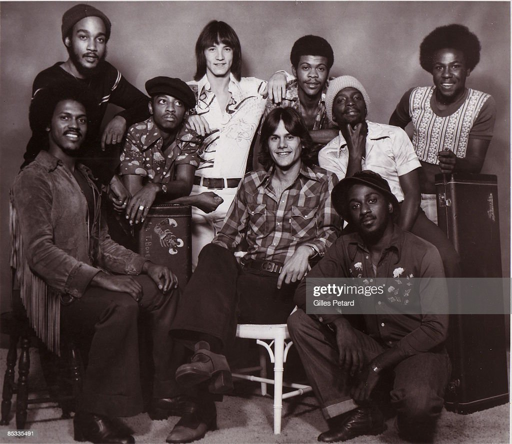 Photo of KC & THE SUNSHINE BAND and Harry Wayne CASEY and Rick FINCH; Posed group portrait - Harry Wayne (KC) Casey (c sitting ) and Rick Finch