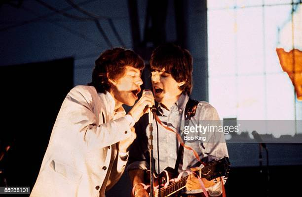 Photo of Keith RICHARDS and Mick JAGGER and ROLLING STONES Mick Jagger Keith Richards performing live onstage