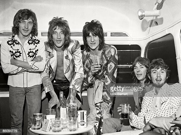 Photo of Kenney JONES and FACES and Ronnie LANE and Ian McLAGAN and Ronnie WOOD and Ron WOOD and Rod STEWART LR Kenney Jones Rod Stewart Ron Wood Ian...