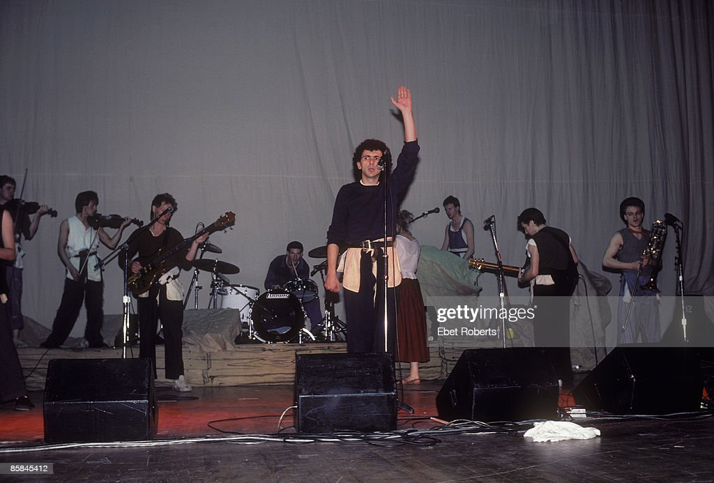 THEATER Photo of Kevin ROWLAND and Dexys MIDNIGHT RUNNERS Kevin Rowland