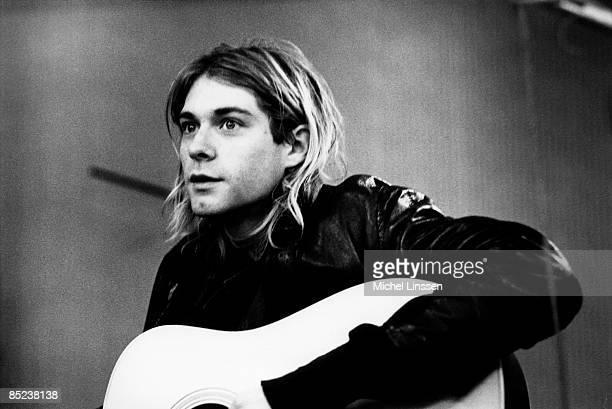 HILVERSUM Photo of Kurt COBAIN and NIRVANA Kurt Cobain recording in Hilversum Studios