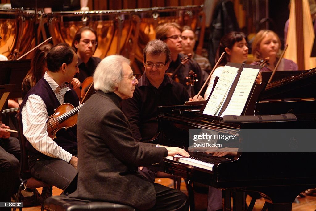 BARBICAN Photo of Lalo SCHIFRIN Lalo Schifrin performing on stage with the London Symphony Orchestra playing piano