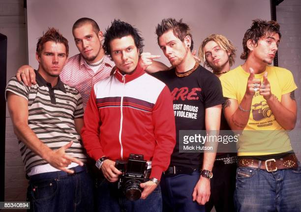 Photo of Lee GAZE and Mike LEWIS and Jamie OLIVER and LOSTPROPHETS and Stuart RICHARDSON and Mike CHIPLIN and Ian WATKINS LR Stuart Richardson Mike...