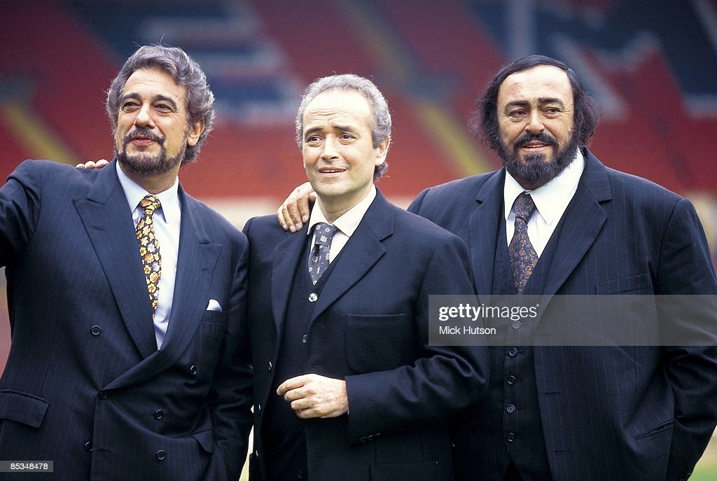 WEMBLEY Photo of Luciano PAVAROTTI and Jose CARRERAS and Placido DOMINGO and THREE TENORS Placido Domingo Jose Carreras Luciano Pavarotti