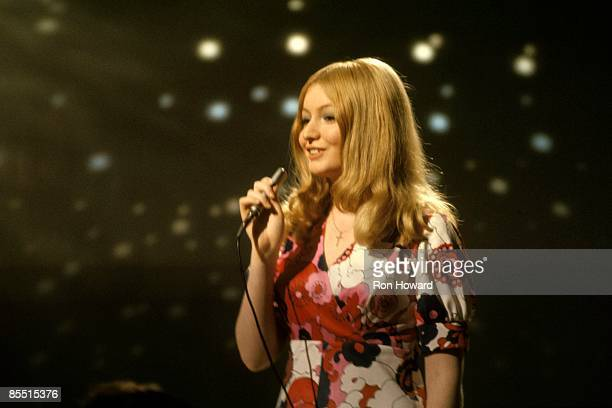 POPS Photo of Mary HOPKIN