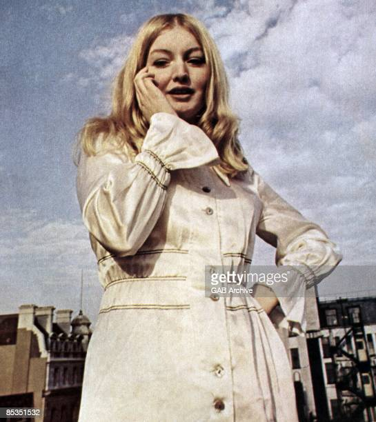 Photo of Mary HOPKIN Portrait