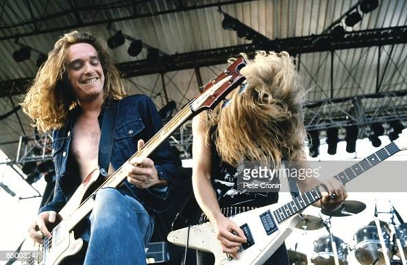 Photo of METALLICA and Cliff BURTON and James HETFIELD Cliff Burton and James Hetfield performing live onstage