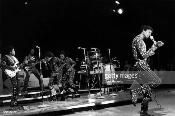COLISEUM Photo of Michael JACKSON and JACKSON FIVE LR Tito Marlon Jackie and Michael Jackson performing on stage Jackson 5 Destiny Tour