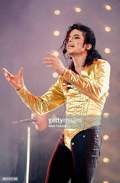 STADIUM Photo of Michael JACKSON Michael Jackson performing on stage Dangerous Tour