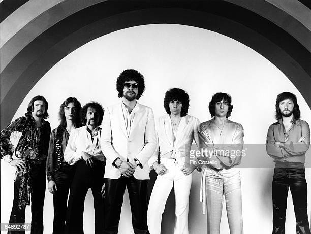 Photo of Michael KAMINSKI and Jeff LYNNE and Bev BEVAN and ELECTRIC LIGHT ORCHESTRA LR Kelly Groucutt Jeff Lynne Bev Bevan Richard Tandy Michael...