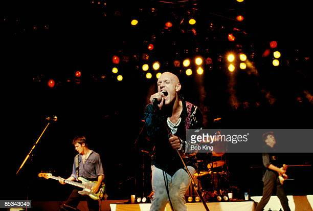 Photo of MIDNIGHT OIL and Peter GARRETT Peter Garrett performing on stage