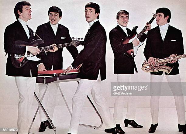 Photo of Mike SMITH and Lenny DAVIDSON and Denis PAYTON and DAVE CLARK FIVE and Dave CLARK and Rick HUXLEY