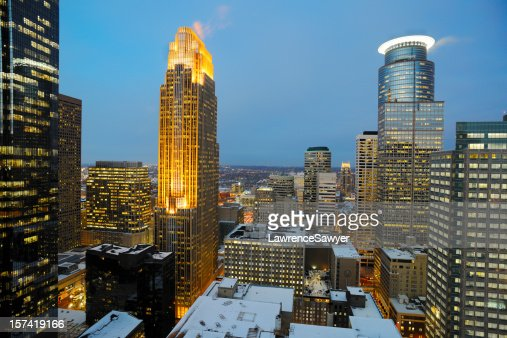 A photo of Minneapolis in downtown Minnesota at dusk