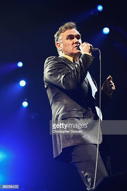 MEX Photo of MORRISSEY performing live onstage