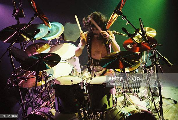 ODEON Photo of MOTLEY CRUE Tommy Lee performing live onstage on revolving drum kit
