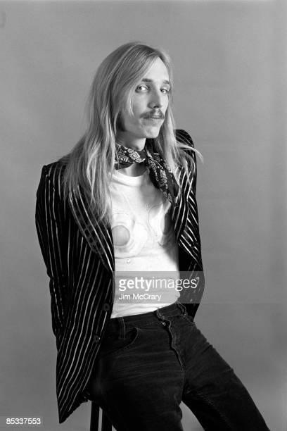 Photo of MUDCRUTCH and Tom PETTY Posed studio portrait of Tom Petty