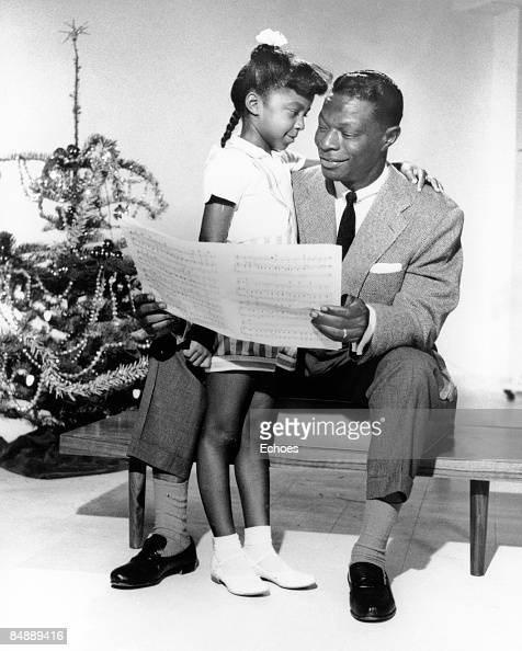 USA Photo of Nat King COLE Nat KIng Cole reading with daughter Natalie Cole