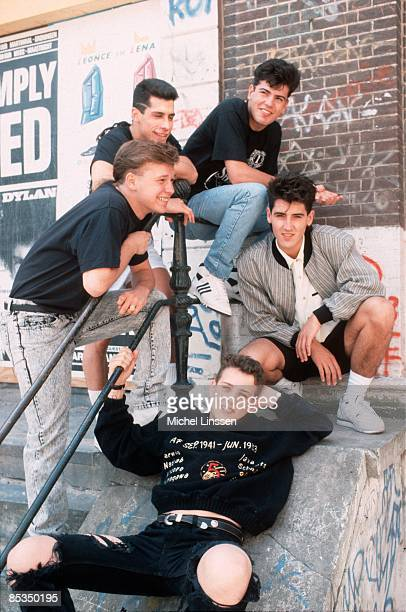 Photo of NEW KIDS ON THE BLOCK and Donnie WAHLBERG and Joey McINTYRE and Danny WOOD and Jonathan KNIGHT and Jordan KNIGHT Posed group portrait...