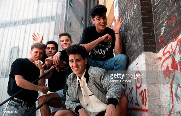 Photo of NEW KIDS ON THE BLOCK and Donnie WAHLBERG and Joey McINTYRE and Danny WOOD and Jonathan KNIGHT and Jordan KNIGHT Posed group portrait LR...
