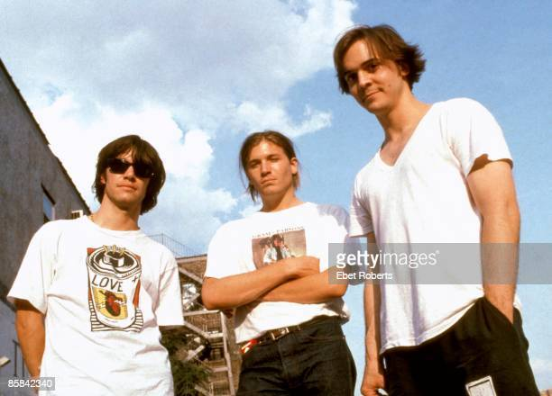 Photo of Nic DALTON and Evan DANDO and LEMONHEADS Posed group portrait LR Nic Dalton Evan Dando and